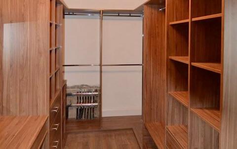 Gallery  walk-in-wardrobe