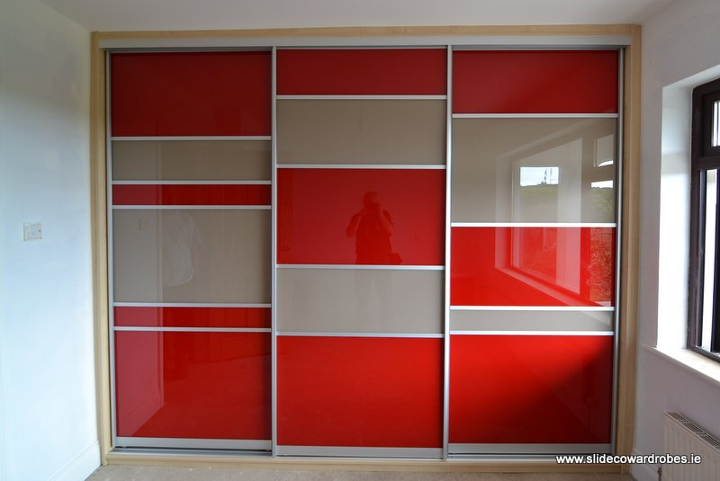 red sliding wardrobe